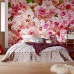 Фотообои с розами в спальне