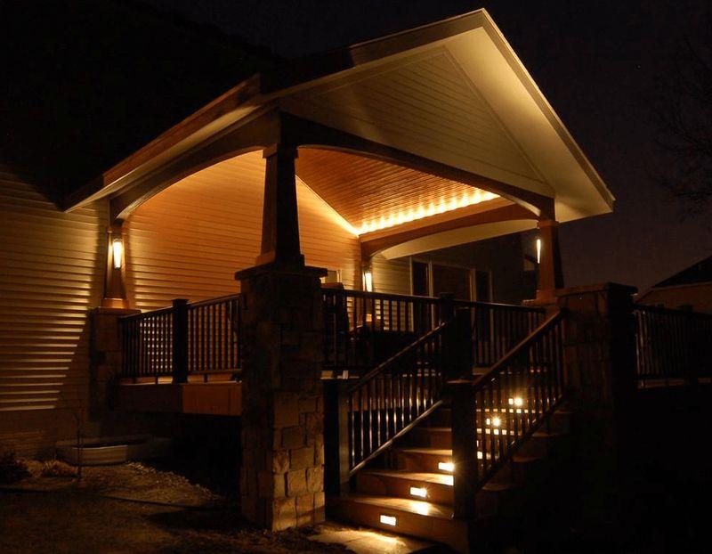 подсветка крыльца загородного дома