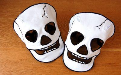 Как сделать маску для Хэллоуина своими руками