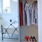 Шкаф в спальне