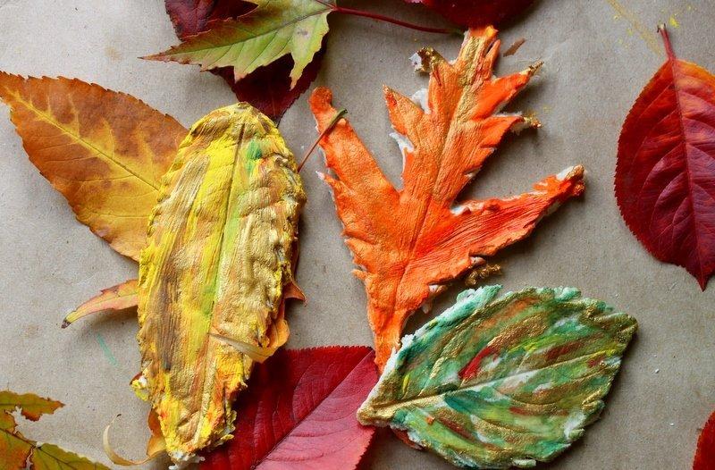 Осенние листочки из теста