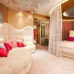 Элементы китча в дизайне спальни