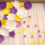 Бабочки на шторе