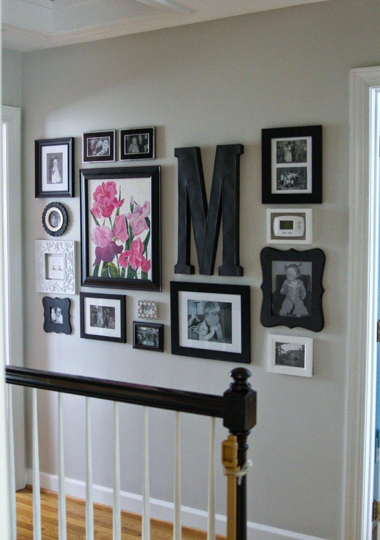 Как красиво разместить открытки на стене прихожей, композиции цветов
