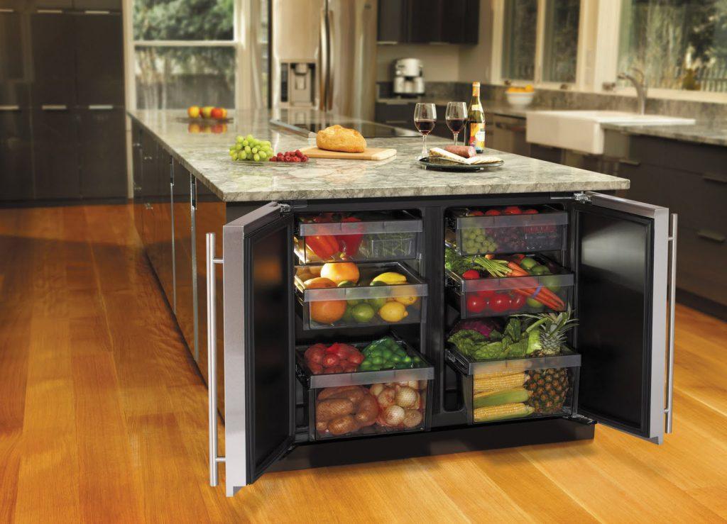 Встроенный холодильник с ящиками