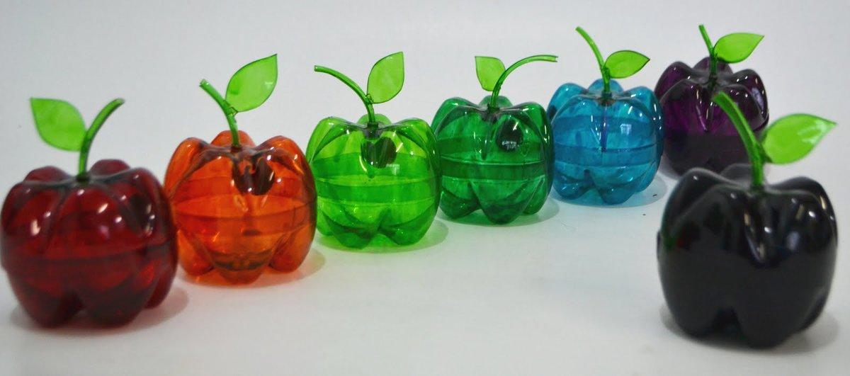 Шкатулка-яблоко из бутылок