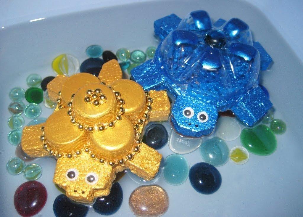 Детские игрушки из бутылок