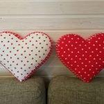 Подушки в виде сердца