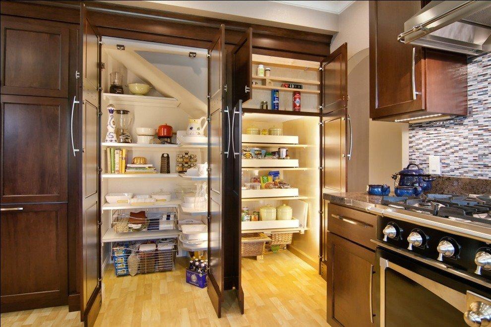 кладовая на кухне фото ягода отстирывается