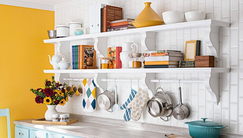 Вертикальное хранение на кухне