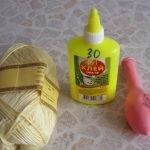 Нитки, шарик и клей