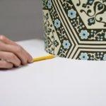 Проводим линию карандашом