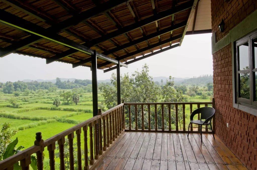 открытая терраса с балконом фото африканские спиральки