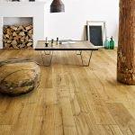 Светлый деревянный пол