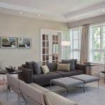 Интерьер гостиной в бежево-серых тонах фото