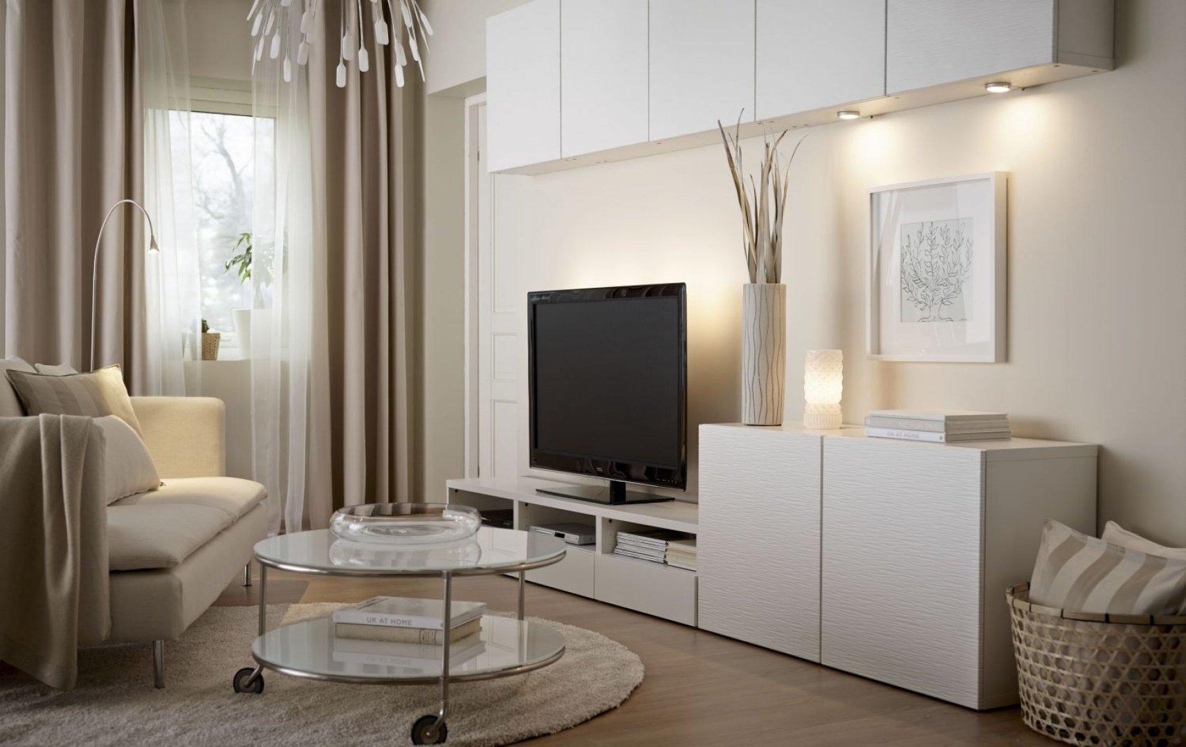 Мебель белого цвета в интерьере гостиных и залов