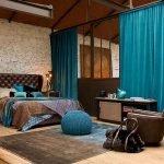 Интерьер спальни в бежево-бирюзовых тонах фото