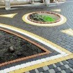 Черная тротуарная плитка