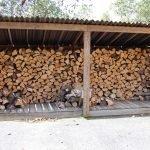 Деревянный заборчик на даче