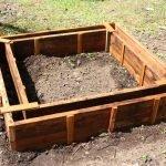 Изготовление грядок из бетона: шаг 1