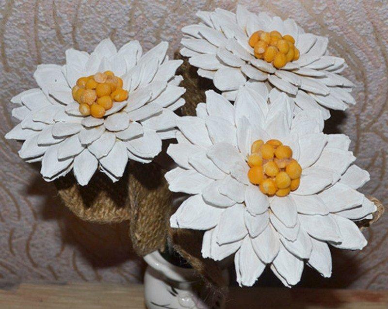 Цветы из семечек
