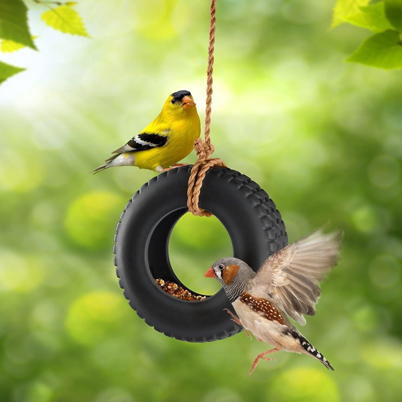 Кормушка для птиц из покрышки