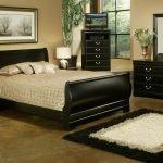 Широкая кровать более 180 см.