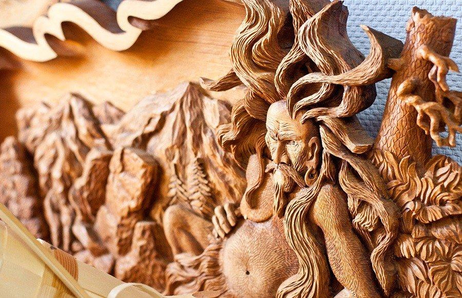 Плоскорельефная резьба по дереву
