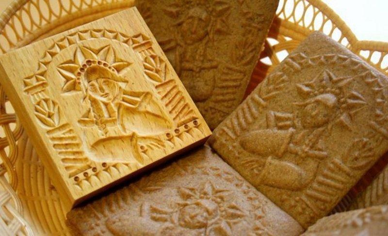 Формочка из дерева для печатного печенья