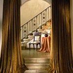 Столик под лестницей