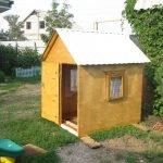 Самодельный фанерный домик