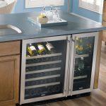 Винный шкаф в кухонном острове
