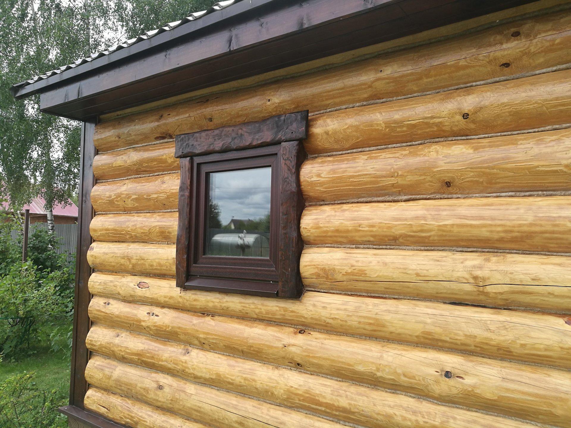 Обналичка на окна в деревянном срубе
