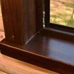 Деревянный наличник на подоконник