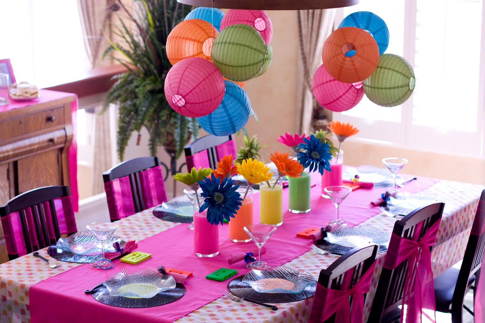Праздничная cервировка стола для детей