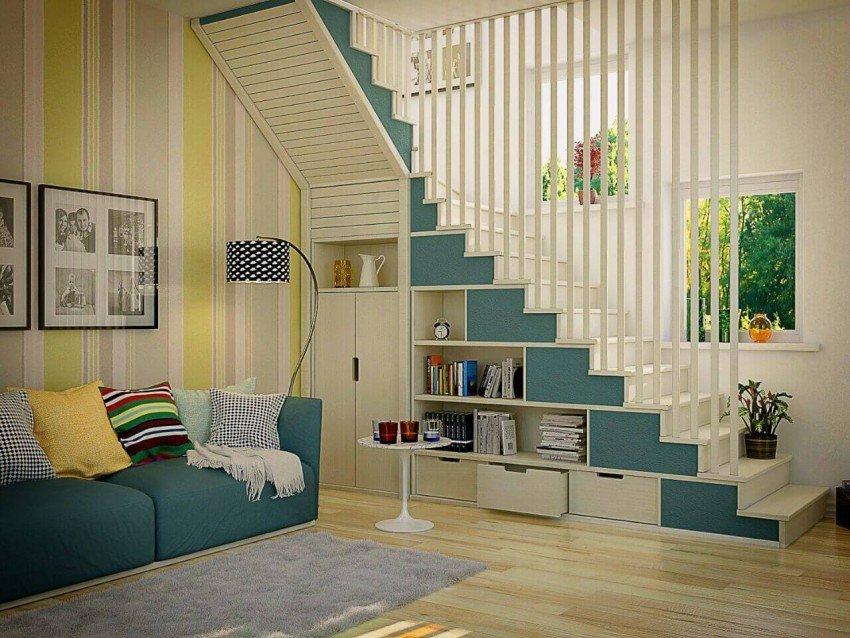 Интерьер со шкафом под лестницей