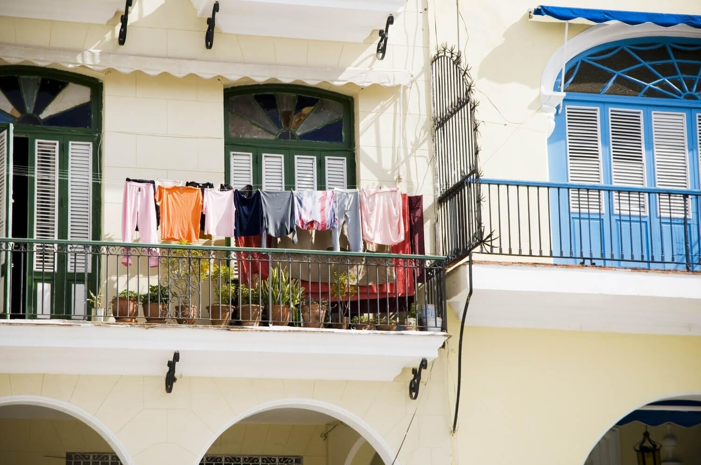 Сушка белья на балконе