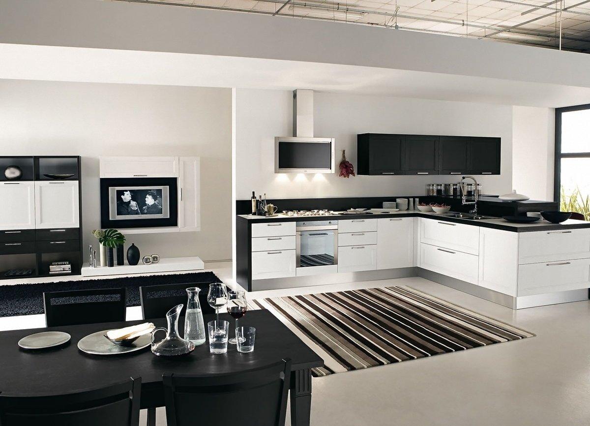 Кухня с ковром