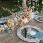 Декор стола ракушками