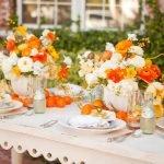 Сервировка цветами прямоугольного стола