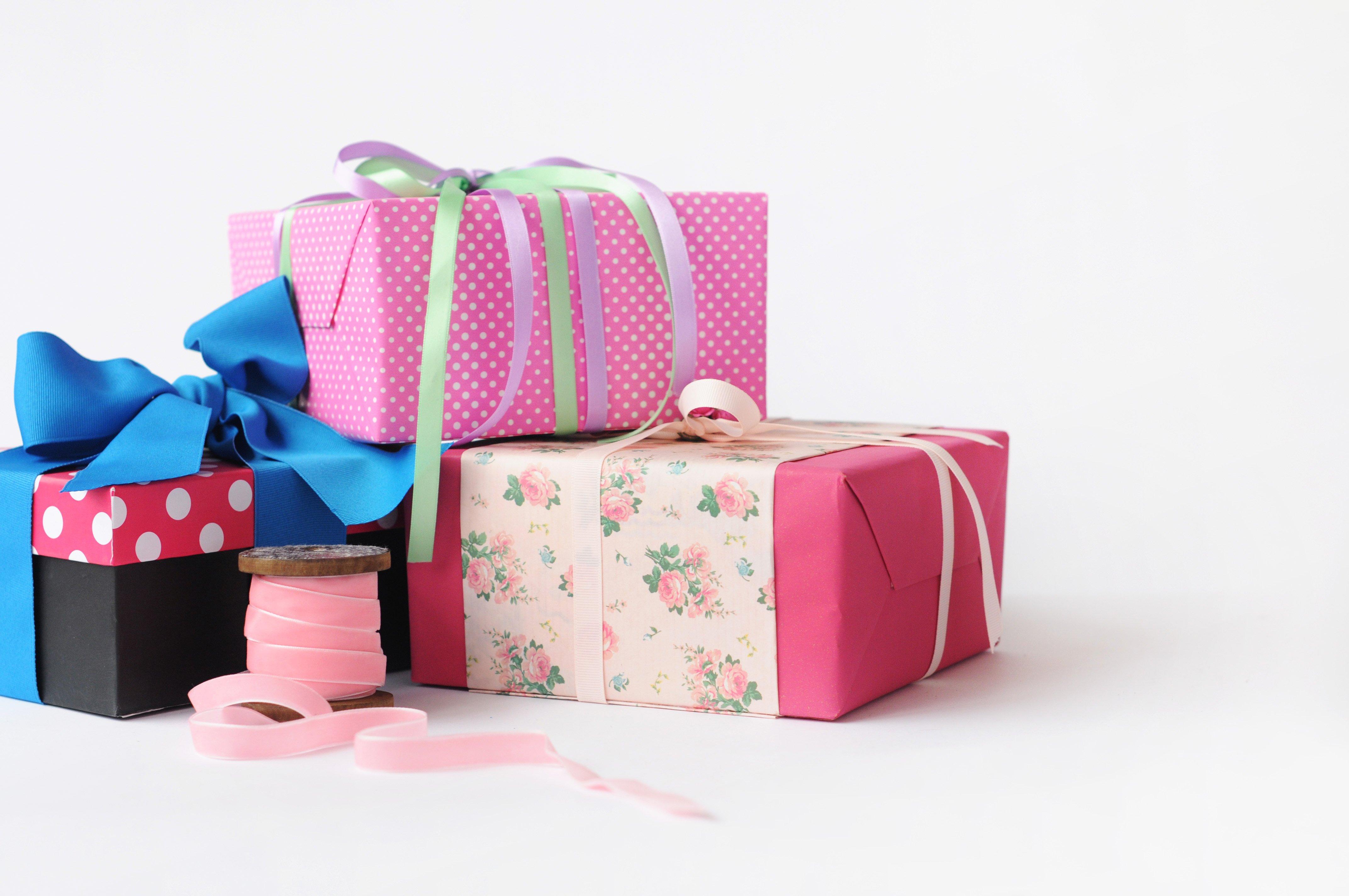 Декор упаковки подарка