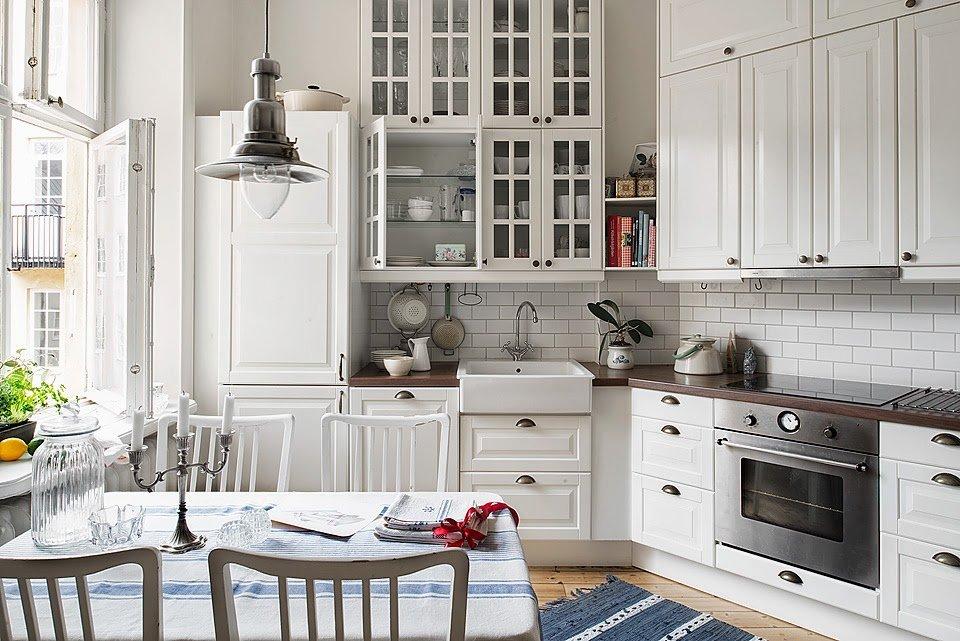 Гарнитур на кухне в скандинавском стиле