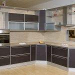 Кухонные фасады в алюминиевой рамке