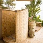 Летний душ во дворе