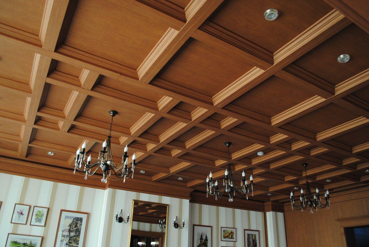 Деревянные панели для потолка