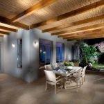 Потолок из бамбука в интерьере