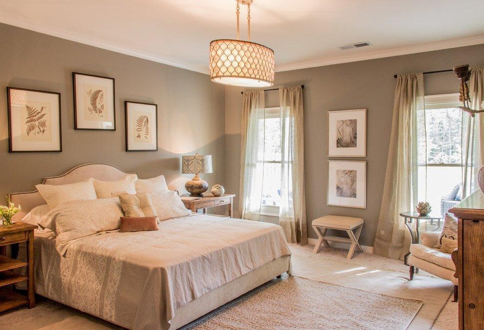 Кровать в спальне в стиле прованс