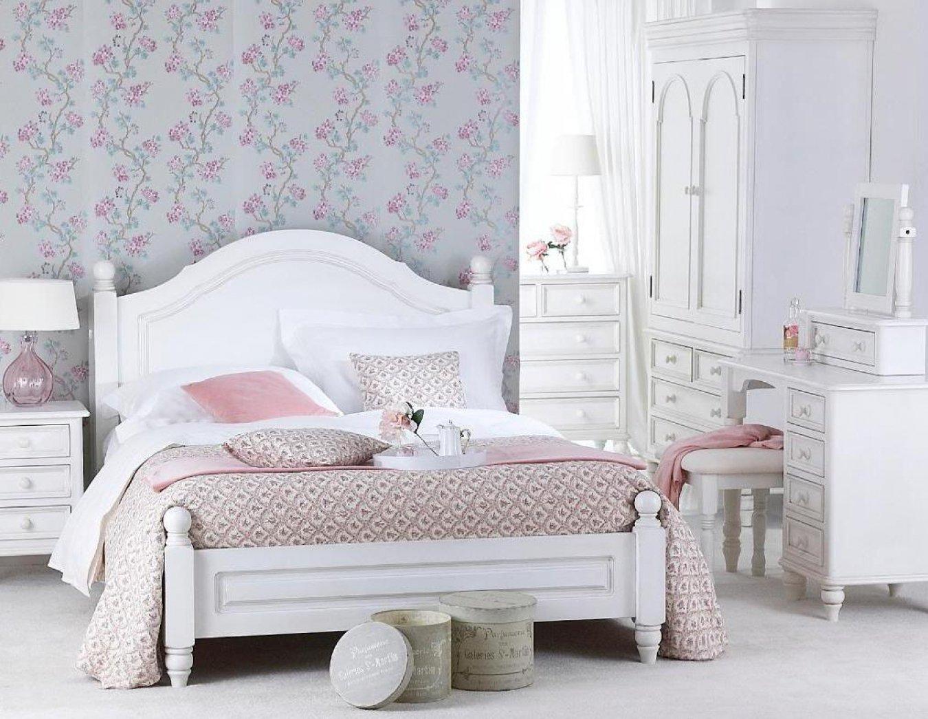Аксессуары в спальне в стиле прованс