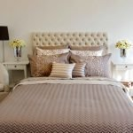 Текстиль для светлой спальни