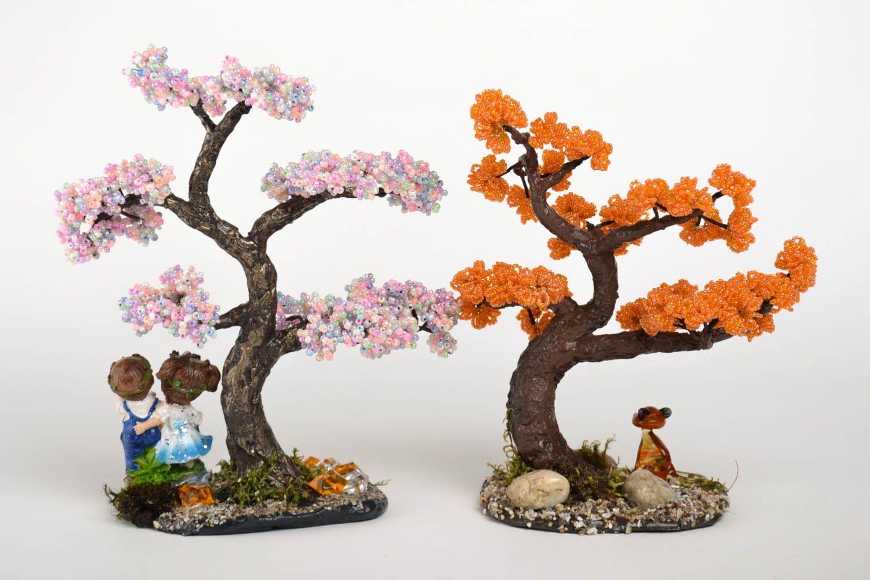 Плетенные из бисера деревья